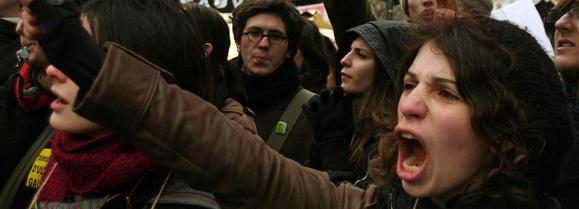 Francia: gran test de fuerza contra la crisis