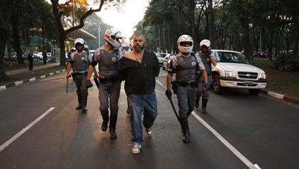 Repudiamos la represión en la Universidad de San Pablo
