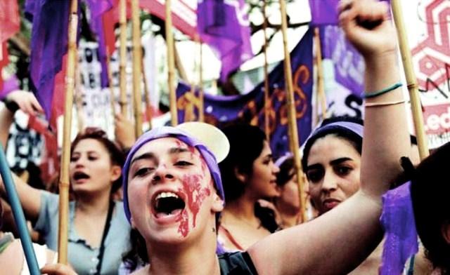Réveillons la mémoire lutte de classe, internationaliste et révolutionnaire de la journée des femmes!