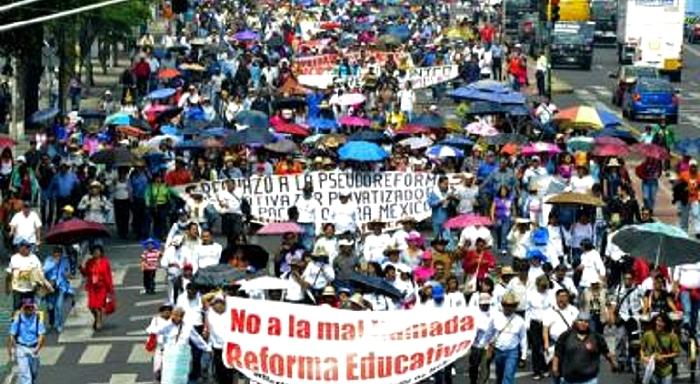 Mexiko: Nein zur Privatisierung von PEMEX und zur Bildungsreform!