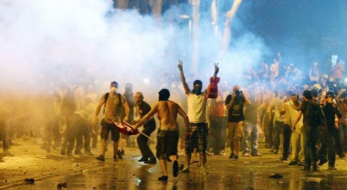 Taksim Meydanındaki olaylar ne anlama geliyor?