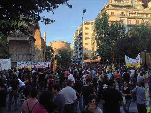 Greece: Anti-nazi activist murdered in the street by Golden Dawn