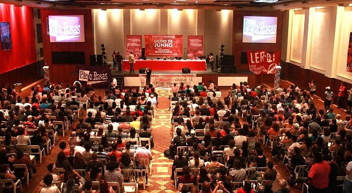Brazil: Big meeting brings together more than 800 workers and young people from the whole country