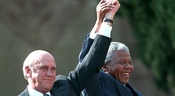 Suivre le chemin de Mandela ou celui tracé par les mineurs de Marikana?