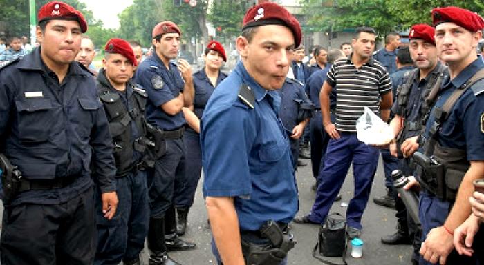 Argentina: El régimen político vuelve a decir