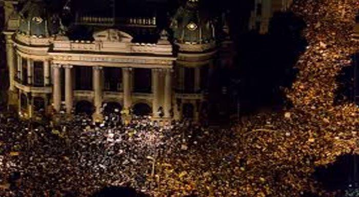 O PSOL e o PSTU não passaram a prova de junho, é necessário colocar de pé um novo partido revolucionário de trabalhadores