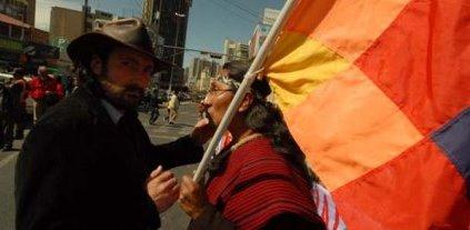 Bolivia: burócratas oficialistas quieren despedir a Javo Ferreira, dirigente de la LOR-CI