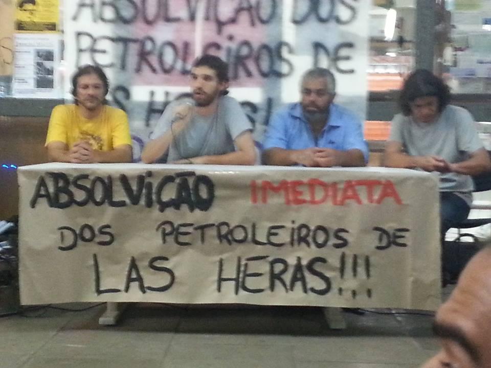 Acto por la absolución de los petroleros de Las Heras