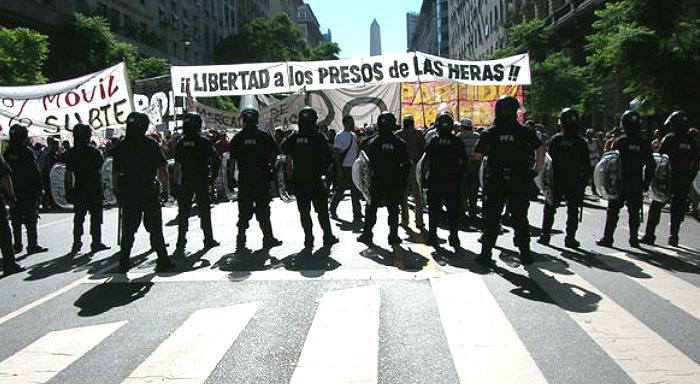 Cristina Kirchner réaffirme son tournant ã droite et défend la condamnation des travailleurs de Las Heras