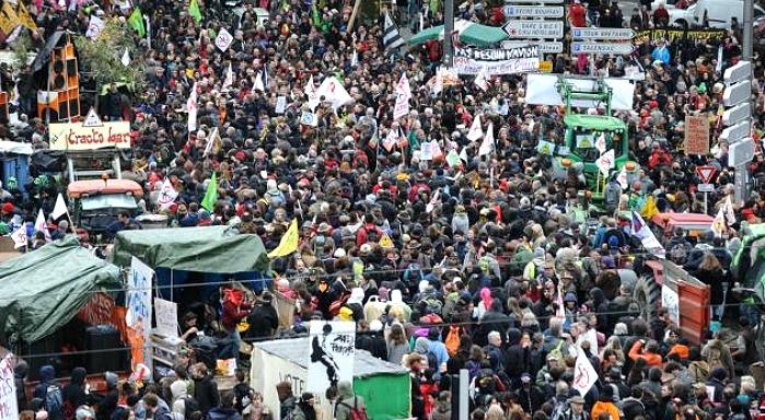 Manifestation ã Nantes contre l'Ayraulport de Vinci: les temps changent?
