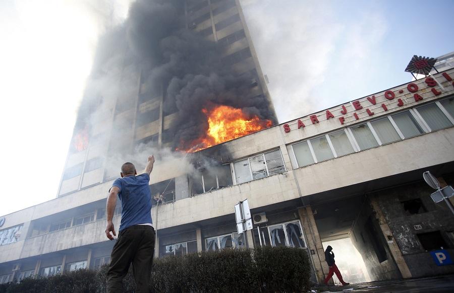 Explosion sociale en Bosnie-Herzégovine!
