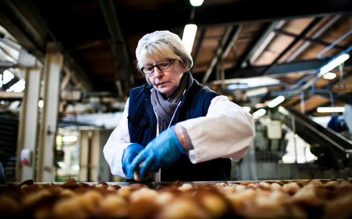 En Caen, los Jeannettes ocupan su fábrica y producen sin patrón