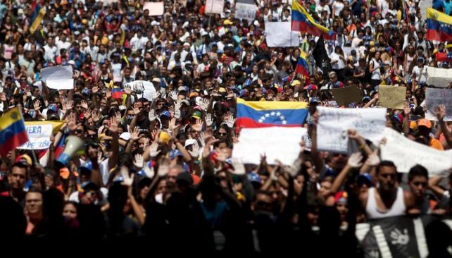 Continúa la tensión y la crisis abierta en Venezuela