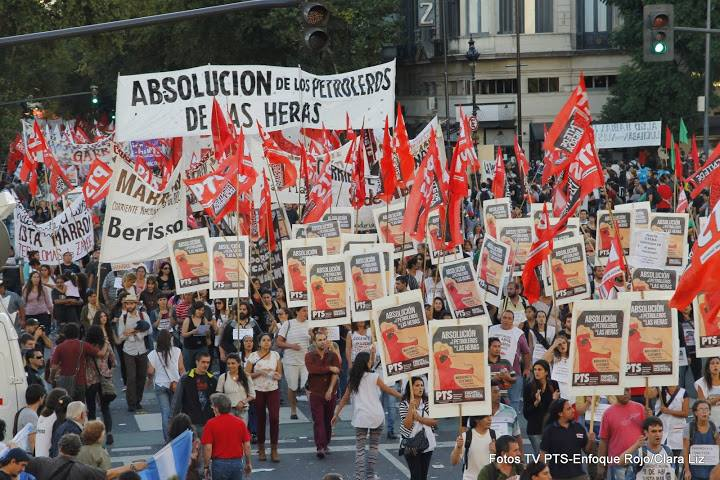 Argentina: The PTS was part of the massive march against the the policies of the government and for the acquittal of the Las Heras oil refinery workers.