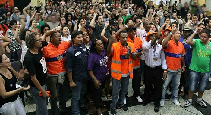 Más de 200 trabajadores fundan el Movimiento Nuestra Clase