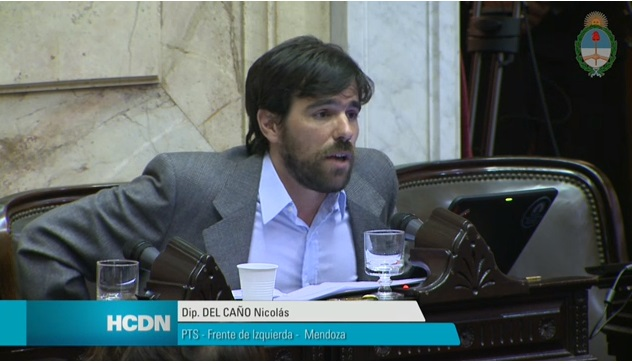 The PTS National Deputy from the Left Front (FIT), Nicolas Del Caño, questions Capitanich, who refuses to answer if he could live on a teacher's salary