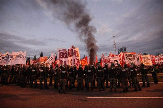 Argentina. May 1st: With the Left and the Combative Unionists