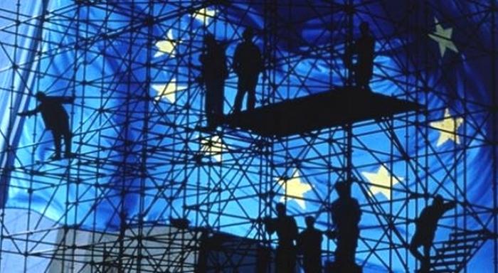 Francia: Resolución presentada por Anticapitalisme & Révolution y la CCR en el Comité Político Nacional de abril