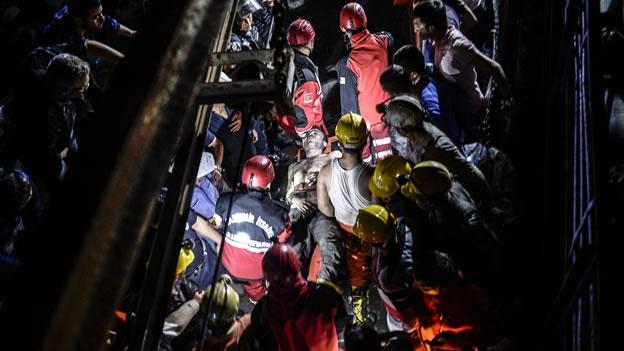Turquia: A culpa é do governo e da exploração patronal