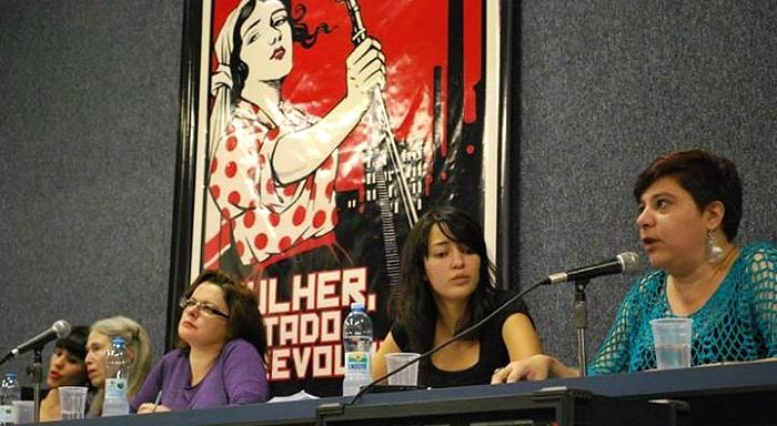 """""""Mulher, Estado e revolução"""" de Wendy Goldman, chega ao Brasil em pleno maio operário"""