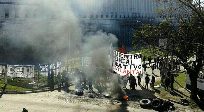 Argentina: Gestamp dismissed workers stop the factory, all the support for their triumph!