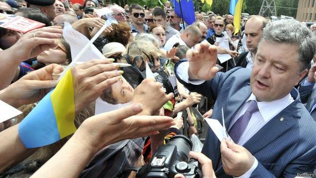 Recrudescem os combates no leste da Ucrânia