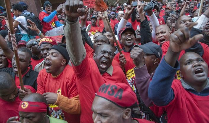 La huelga de NUMSA paraliza la industria automotriz en Sudáfrica