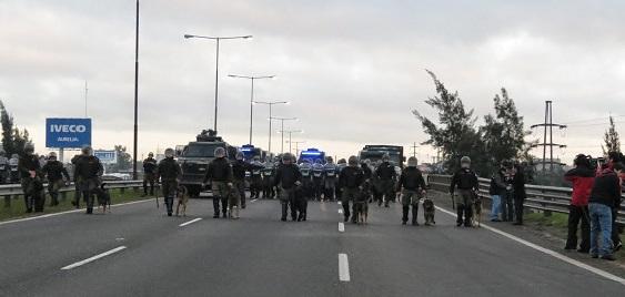 LEAR: diputados de siete bloques repudian la represión y apoyan a los trabajadores