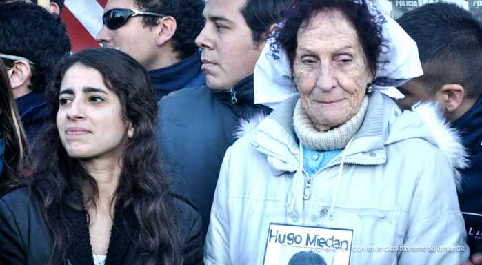 Argentina: Victoria Moyano Artigas, daughter of the disappeared, violently arrested