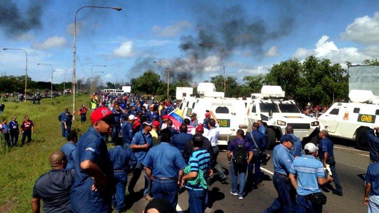 Gobierno de Maduro reprime trabajadores de Sidor, mientras prepara nuevas medidas de ajuste