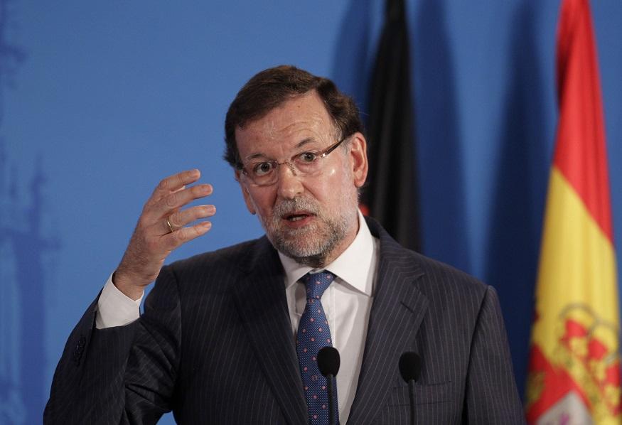 Rajoy amenaza con suspender la consulta de Catalunya