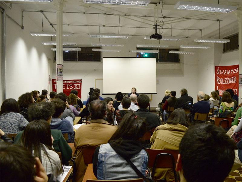 Un centenar de personas en la presentación de la miniserie argentina