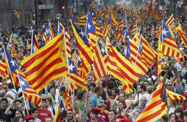 El proceso catalán cobra impulso después del referéndum escoces