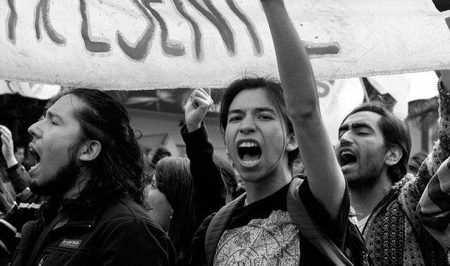 Estudiantes chilenos: de movilizaciones, negocios y subordinaciones