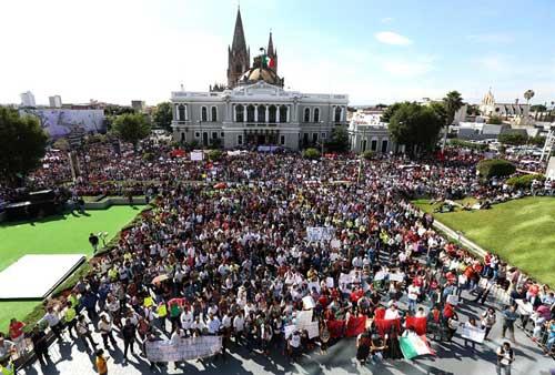 Jornada global por la aparición de los estudiantes de Ayotzinapa