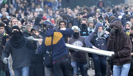 Manifestações e choques com a polícia em protesto pela morte de Rémi Fraisse