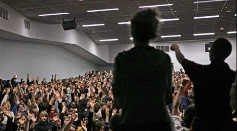 AG de 1200 étudiant-e-s au Mirail contre la répression gouvernementale et les violences policières