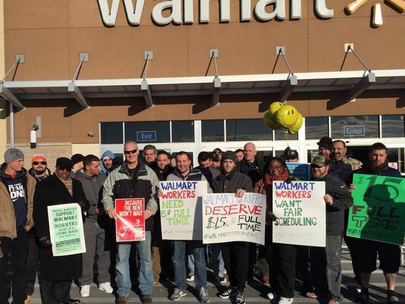 Black friday: Walmart Workers Stand Up to Poverty Wages