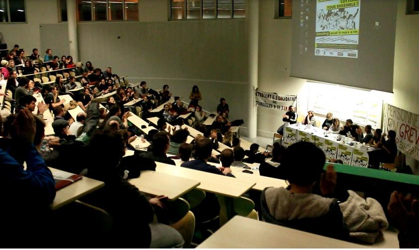 Jonction! Un seul mot d'ordre pour les 250 personnes ayant assisté au meeting appelé par les grévistes de Paris 8
