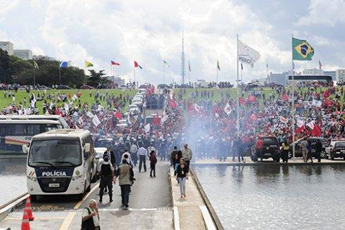 15 de abril: os trabalhadores devem entrar em cena