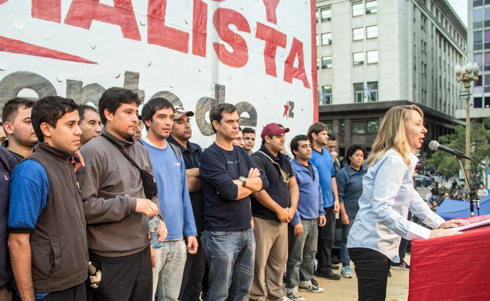 El Frente de Izquierda hizo un masivo acto en Plaza de Mayo