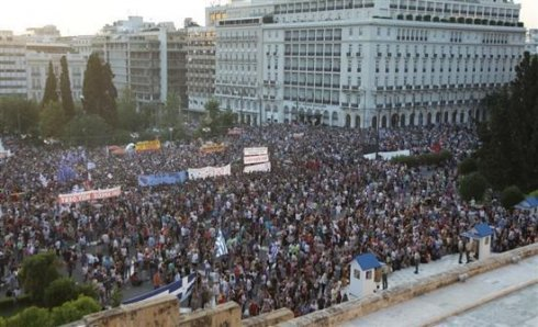 In solidarity with the Greek workers and people, against the imperialist blackmail