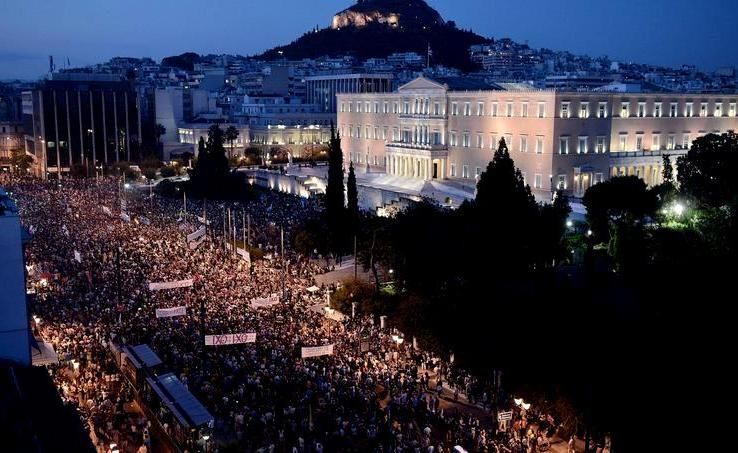 Grèce. A deux jours du référendum le «oui» et le «non» rassemblent massivement