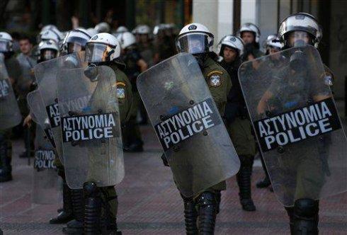 Solidaridad con los detenidos en Plaza Syntagma desde Estado español