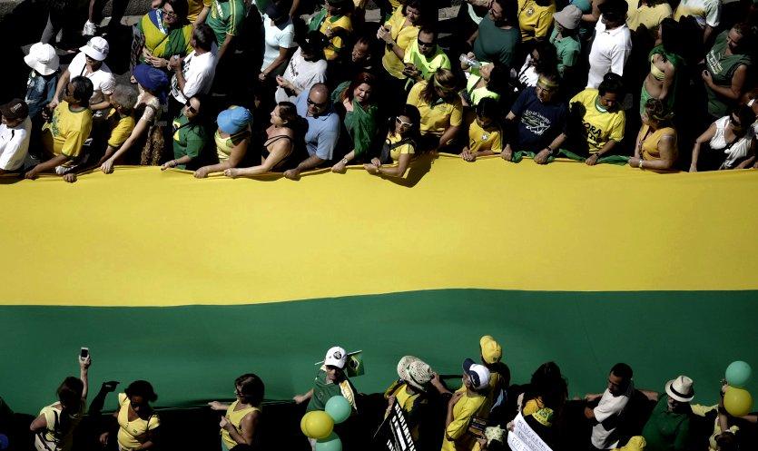 Brésil. Coup d'Etat ou coup de théatre?